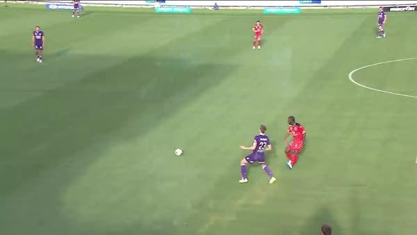 Goodwin goal v Perth GIFs