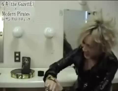 Watch Aoi Dancing GIF on Gfycat. Discover more Gaze Rock, Reita, the GazettE GIFs on Gfycat