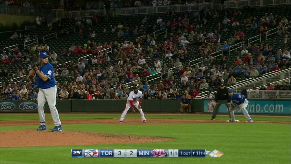 torontobluejays, Biagini's pick off in the 11th against the Twins GIFs