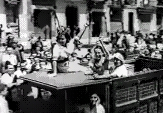 1936, abortion, anarchafeminism, anarchism, anarchist, anarchy, catalonia, catalunya, cnt, feminism, flag, gif, libertarian communism, mujeres libres, red and black, revolution, spain, spanish civil war, women's rights, Kropotkindersurprise GIFs