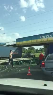 anormaldayinrussia, Hey guys, look beer for free... (reddit) GIFs