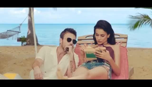 Watch and share Murat Dalkılıç Feat. Oğuzhan Koç - Aşinayız GIFs on Gfycat