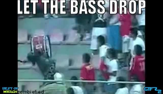 D D D D Drop The Bass Gif Find Make Share Gfycat Gifs