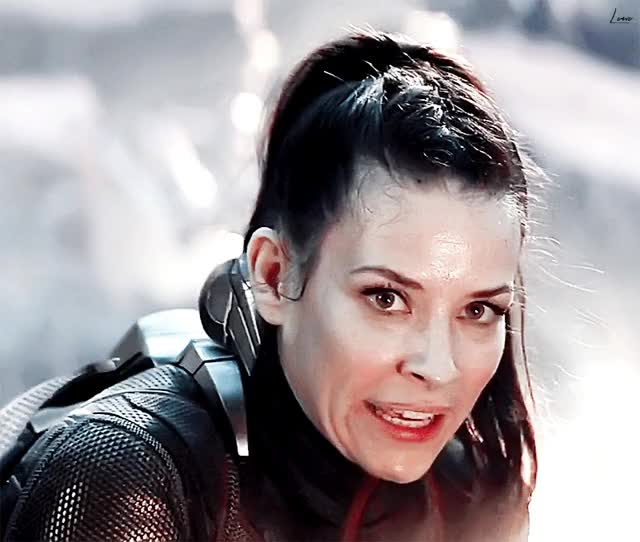 Watch and share Evangeline Lilly GIFs and Celebs GIFs on Gfycat