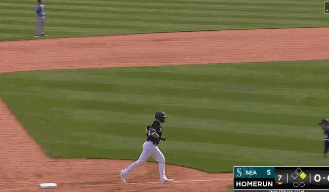 Watch and share Capra-collins-loop GIFs by soxmachine on Gfycat