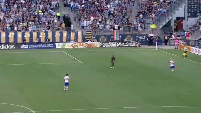 Watch and share Moor Free Kick Goal GIFs by Evercombo on Gfycat