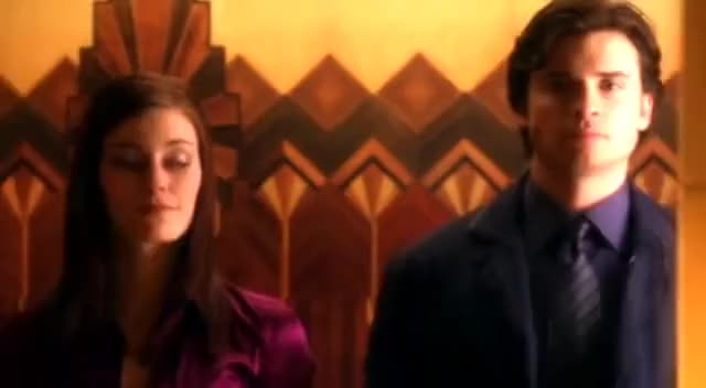 Watch Abandoned episode GIF on Gfycat. Discover more Smallville GIFs on Gfycat