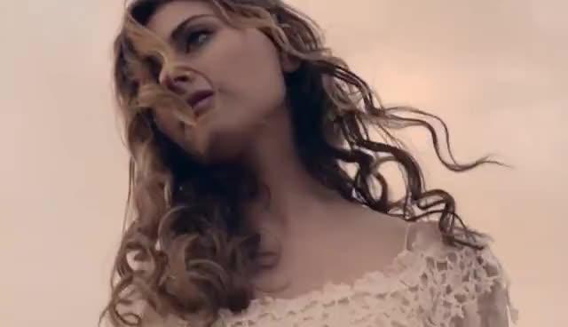 Alyson Michalka GIFs
