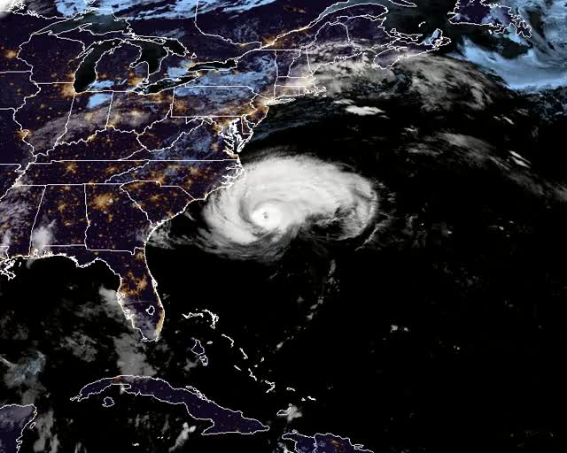 Watch and share Hurricane Florence September 13, 2018 GIFs by The Watchers on Gfycat