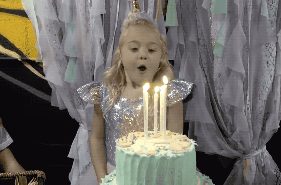 5, birthday, blonde, blow, cake, candles, cute, cutie, everleigh, excited, five, girl, happy, happy birthday, hip, hooray, old, surprise, years, Everleigh's surprise party GIFs