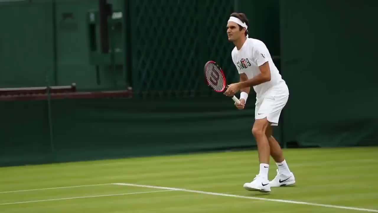 celebs, roger federer, sports, tennis, wimbledon, Roger Federer: seven-time Wimbledon champion GIFs