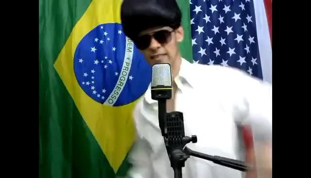 Watch and share Aprenda Inglês Cantando - A Little Less Conversation - Elvis Presley GIFs on Gfycat