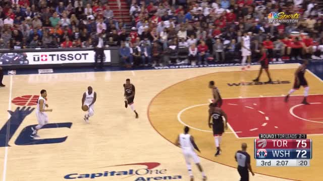 Watch and share Siakam Wright Lawson Floater GIFs by blakemurphyodc on Gfycat
