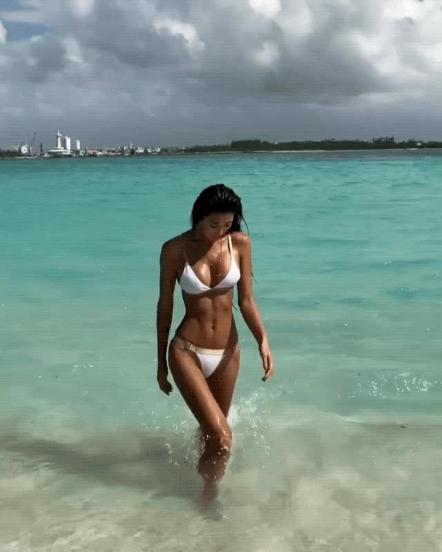 Watch this beach GIF by shapesus (@politoadmoves) on Gfycat. Discover more beach, bikini, jennifer lee, jennleezy GIFs on Gfycat