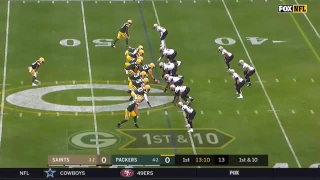 Watch and share Aaron Jones 46 Yard TD Run GIFs by Razzball on Gfycat