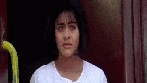 Kuch Kuch Hota Hai Train Scene Anjali Leaving Rahul Hq 1080p Gif
