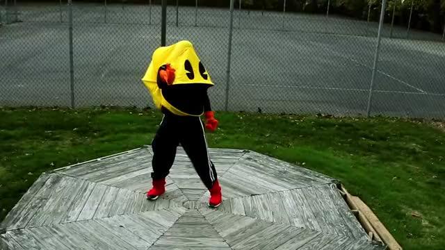 Pac-Man Loves Halloween