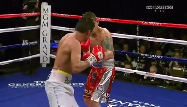 Watch Erik Morales GIF on Gfycat. Discover more Erik Morales, Marcos Maidana, boxeo, championship, fight, legend, mexico, punch GIFs on Gfycat