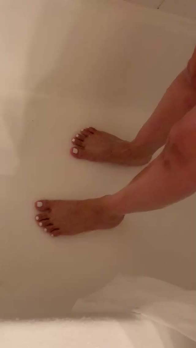 getting my toes squeaky clean ;)