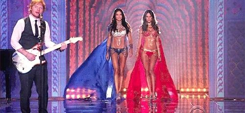 Adriana Lima Victorias Secret Gifs Search | Search & Share