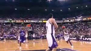 Watch Gerald Wallace  Sacramento Kings GIF on Gfycat. Discover more 041603, 2000s, 200203, Basketball, Dunk, Gerald Wallace, NBA, Sacramento Kings, gif GIFs on Gfycat