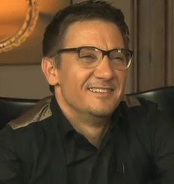 Watch lojas renner GIF on Gfycat. Discover more jeremy renner GIFs on Gfycat