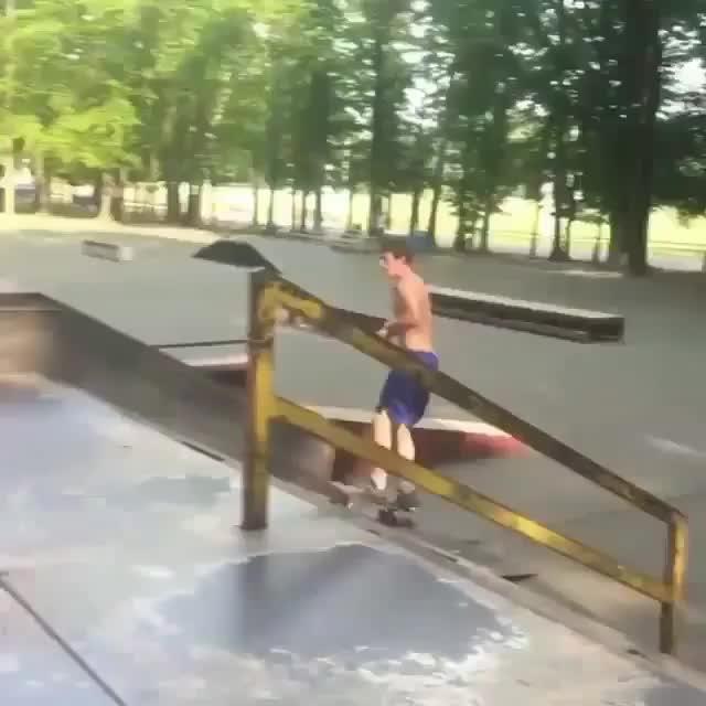 gifs, holdmyredbull, skateboarding, Hippie jump Bigspin on a quarter pipe! (reddit) GIFs