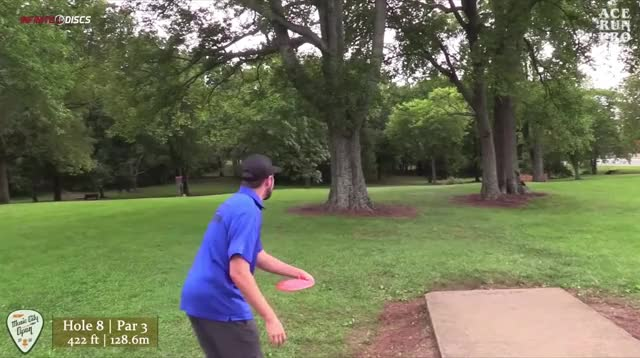 Watch and share Brian Earhart Music City Open Hole 8 Roller GIFs by Benn Wineka UWDG on Gfycat