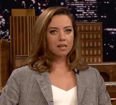 Aubrey Plaza, awkward, nervous, stressed out, tonight show, weird, Aubrey Plaza Awkward GIFs