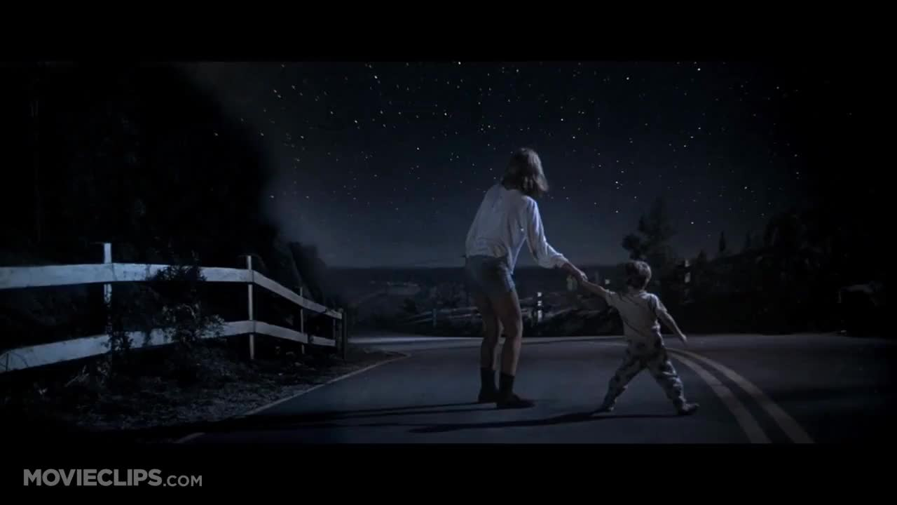 01520h, 05wk2m, 0crpzw, 0gc1_7q, 10031, CloseEncounters, Spielberg, UFO, amg, closeencountersofthe, closeencountersofthethirdkind, movie, space, spaceship, Close Encounters of the Third Kind UFOs on Roads GIFs