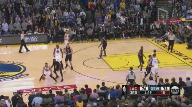 Watch and share Curry To Kd GIFs by @KevinOConnorNBA on Gfycat