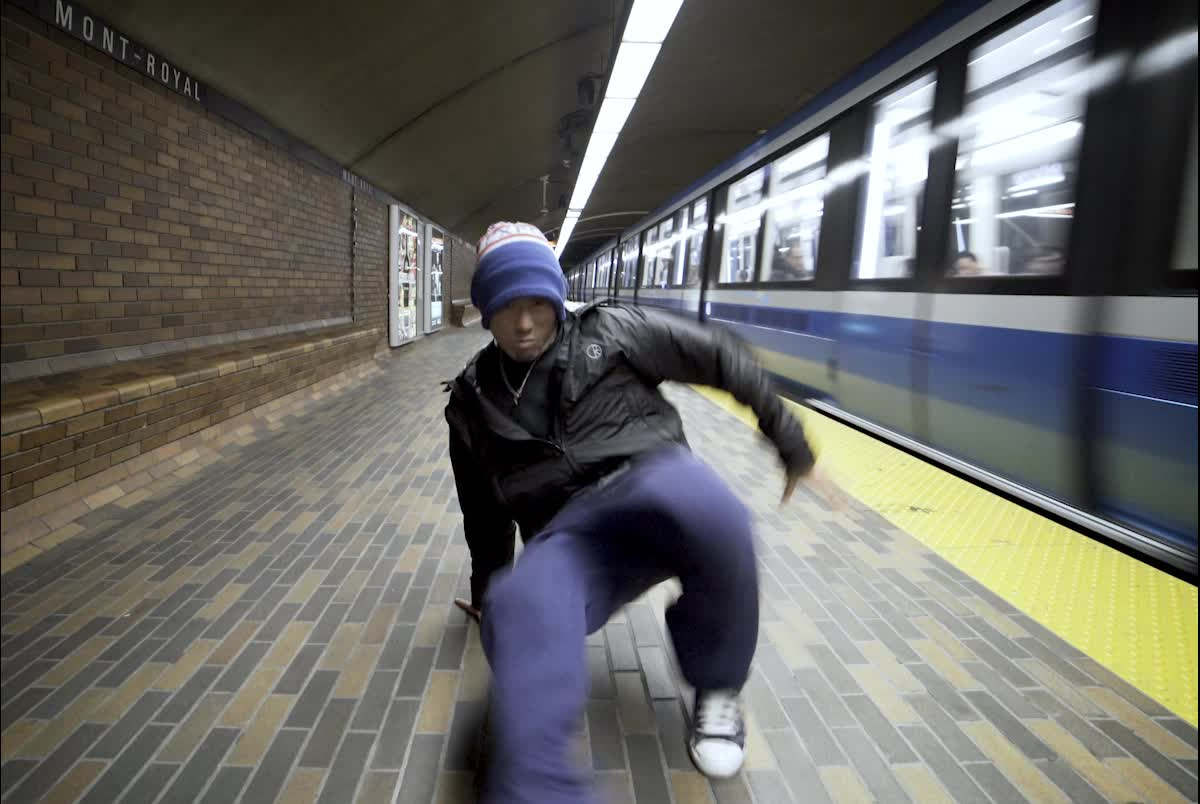 Montreal Metro Loop #8 GIFs