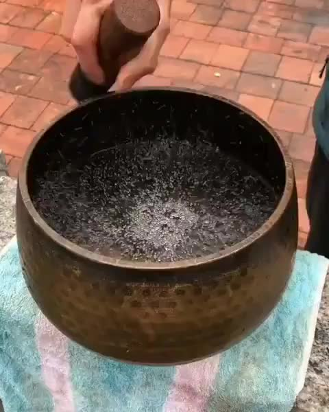 Watch Tibetan singing bowl. GIF by Jackson3OH3 (@jackson3oh3) on Gfycat. Discover more Engineering, electricalengineering, howitsdone, mechanicalengineering, science, softwareengineering, sound, technology, viralvideos, worldofengineering GIFs on Gfycat