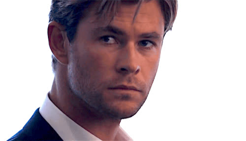 chris hemsworth, flirt, sexy, wink, Chris Hemsworth Wink GIFs