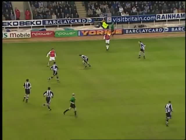 Watch and share Bergkamp GIFs and Arsenal GIFs by tobee8 on Gfycat