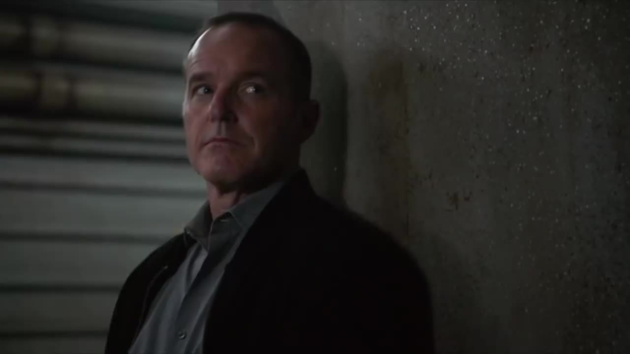 agents of shield, aos, bloopers, celebs, chloe bennet, clark gregg, elizabeth henstridge, funny, iain de caestecker, lol, marvel, ming-na wen, season 5, Coulson *thumbs up* GIFs