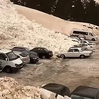 Avalanche in Russia