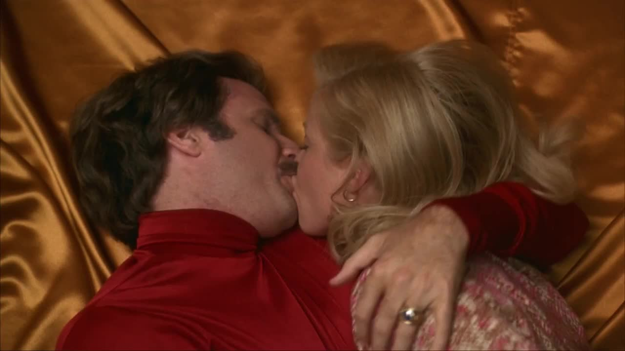 anchorman, christina applegate, hot, kiss, pleasure, pleasure town, ron burgundy, sex, sexual intercourse, veronica corningstone, will ferrell, Pleasure Town Anchorman GIFs