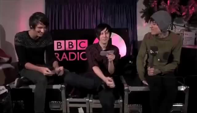 Watch danisnotonfire GIF on Gfycat. Discover more danisnotonfire, legs, lol, oli sykes GIFs on Gfycat