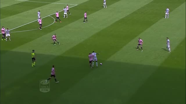 Watch Khedira GIF by SUPERGOAL (@super.goal) on Gfycat. Discover more Calcio, Juventus, Khedira, Serie A GIFs on Gfycat