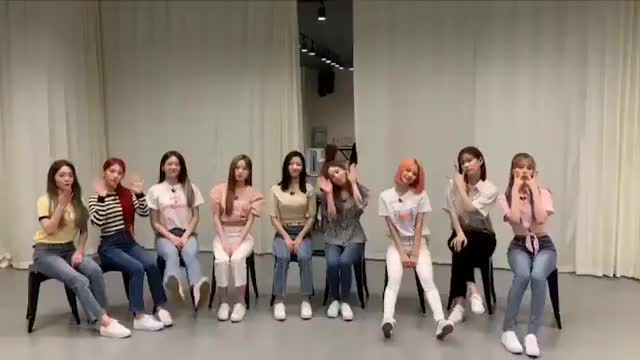 Watch and share Fromis GIFs by CyF9 on Gfycat