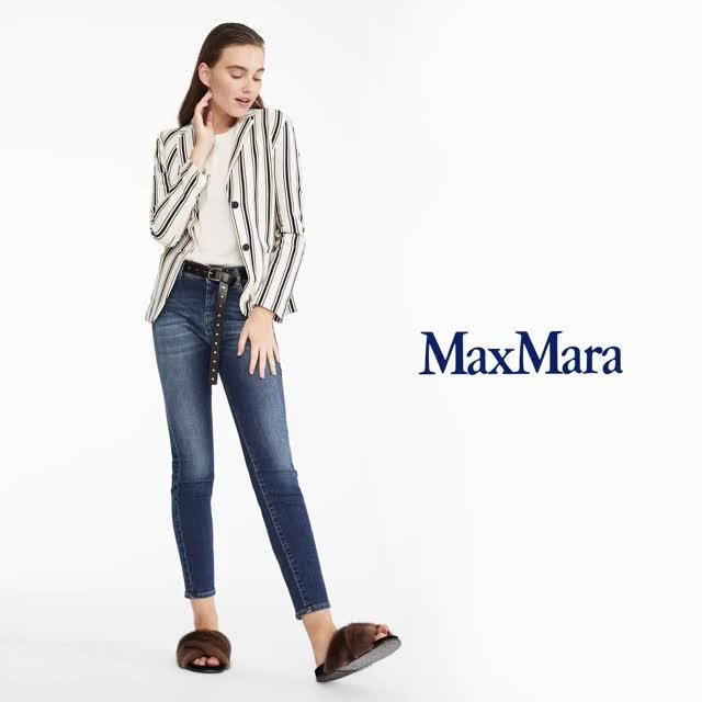 Watch and share Max Mara 25937 Cronograma Del 28 Al 6 De Marzo GIF GIFs on Gfycat