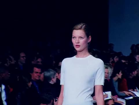 Watch this fashion GIF on Gfycat. Discover more fashion, kate moss, model GIFs on Gfycat