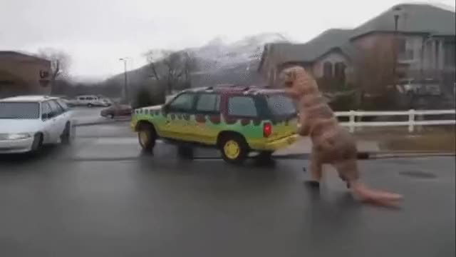 Watch and share Гифки-t-rex-cosplay-Jurassic-Park-3141197 GIFs by giho13 on Gfycat