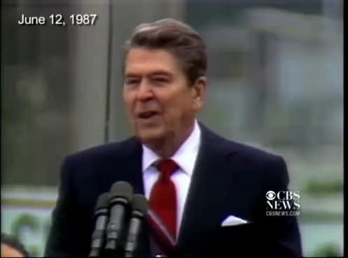 "Watch and share ""Mr. Gorbachev - Tear Down This Wall.""  - Ronald Reagan, Berlin, 1987 GIFs on Gfycat"