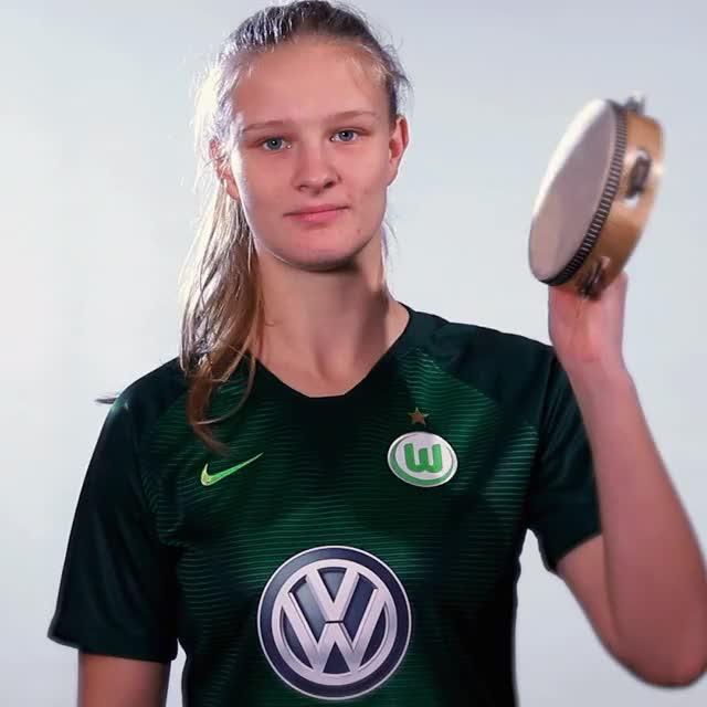 Watch and share 02 MakeMusic2 GIFs by VfL Wolfsburg on Gfycat