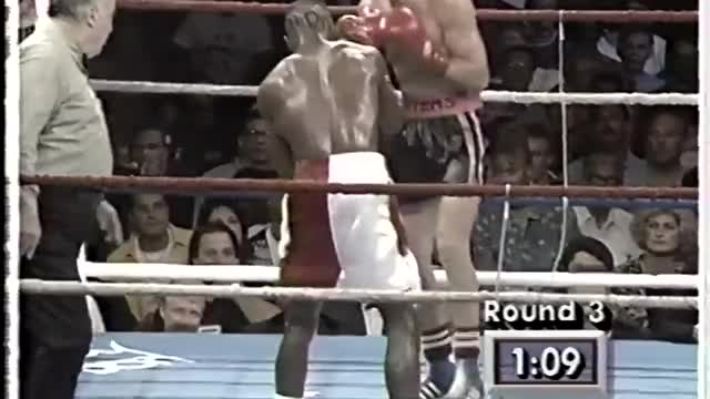 Watch Terry Norris knocks down Troy Waters GIF on Gfycat. Discover more boxeo, boxing, nyrkkeily, terry norris GIFs on Gfycat