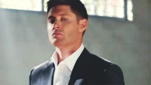 Watch and share Supernatural Dean Winchester Jensen Ackles Mystuff Spn D1 Season Gr8 GIFs on Gfycat