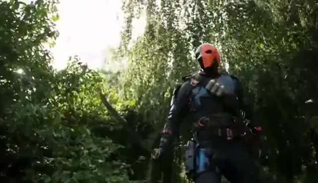Watch arrow 5x08  crossover invasion  deathstroke vs oliver, diggle y sara GIF on Gfycat. Discover more related GIFs on Gfycat