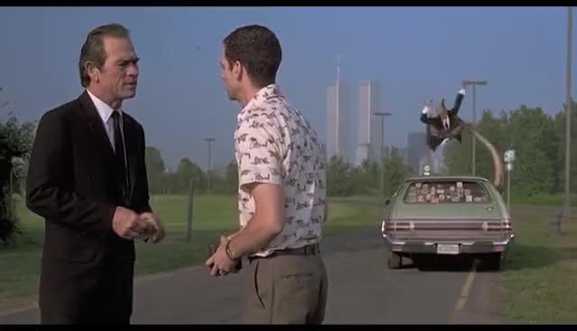 men in black, tommy lee jones, will smith, Men in Black (1997) - It's a Squid Scene (4/8)   Movieclips GIFs